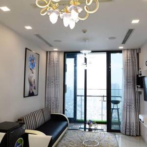 Cho thuê căn hộ Vinhomes Golden River 1 phòng ngủ